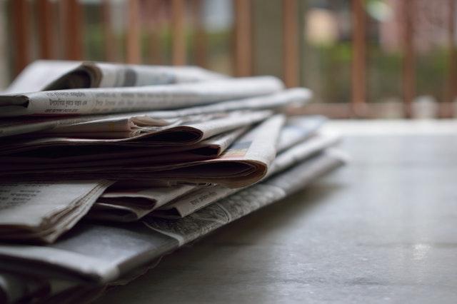 Welke maatschappelijke functies heeft de pers?